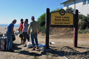 Clean up at Twin Lakes State Beach
