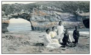Family visiting our beaches many generations ago