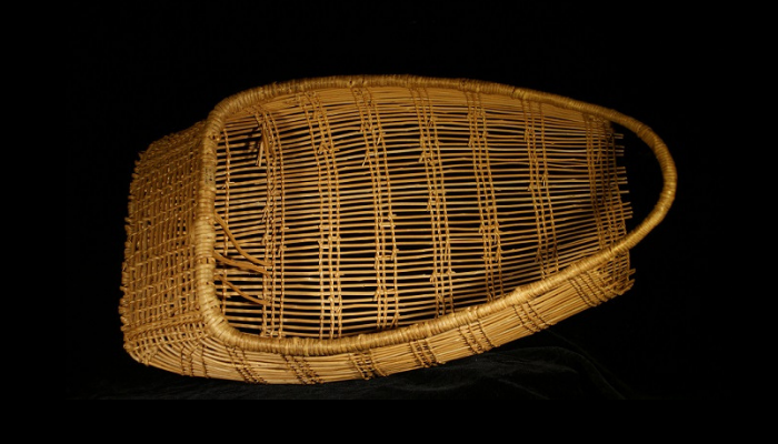 Basket cradle board